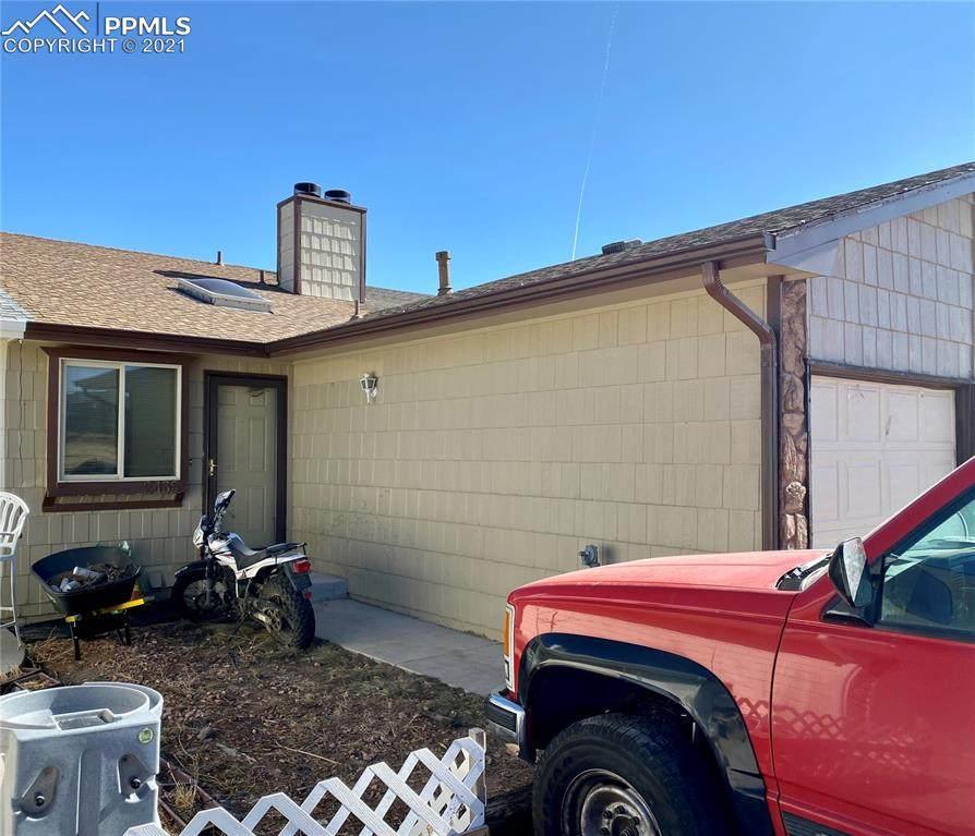 2435 Shawnee Drive - Photo 1