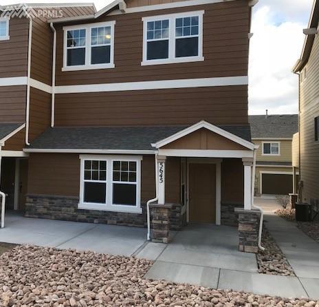5645 Shamrock Heights, Colorado Springs, CO 80923 (#2858374) :: 8z Real Estate