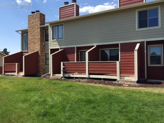 416 W Rockrimmon Boulevard B, Colorado Springs, CO 80919 (#3755760) :: Harling Real Estate