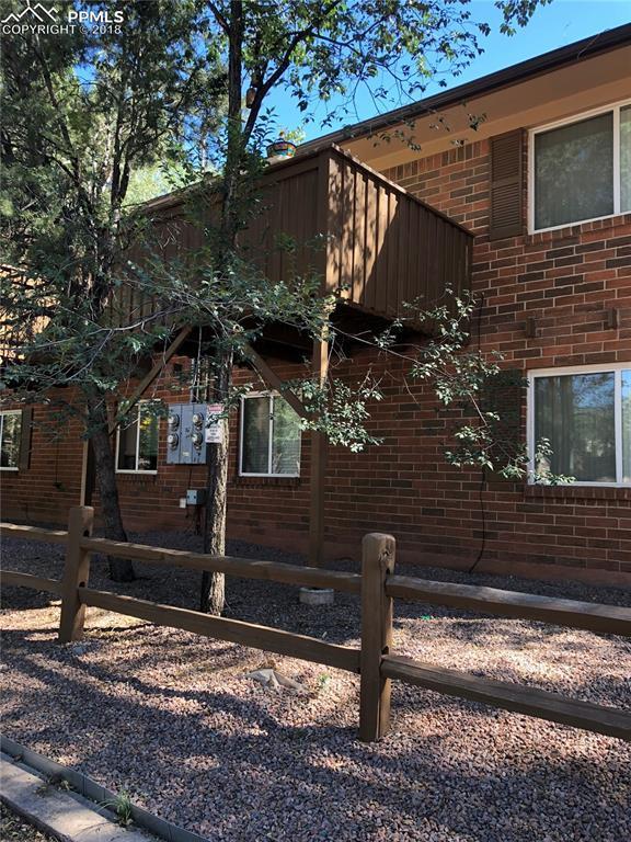 305 Columbia Road, Colorado Springs, CO 80904 (#5014653) :: The Peak Properties Group