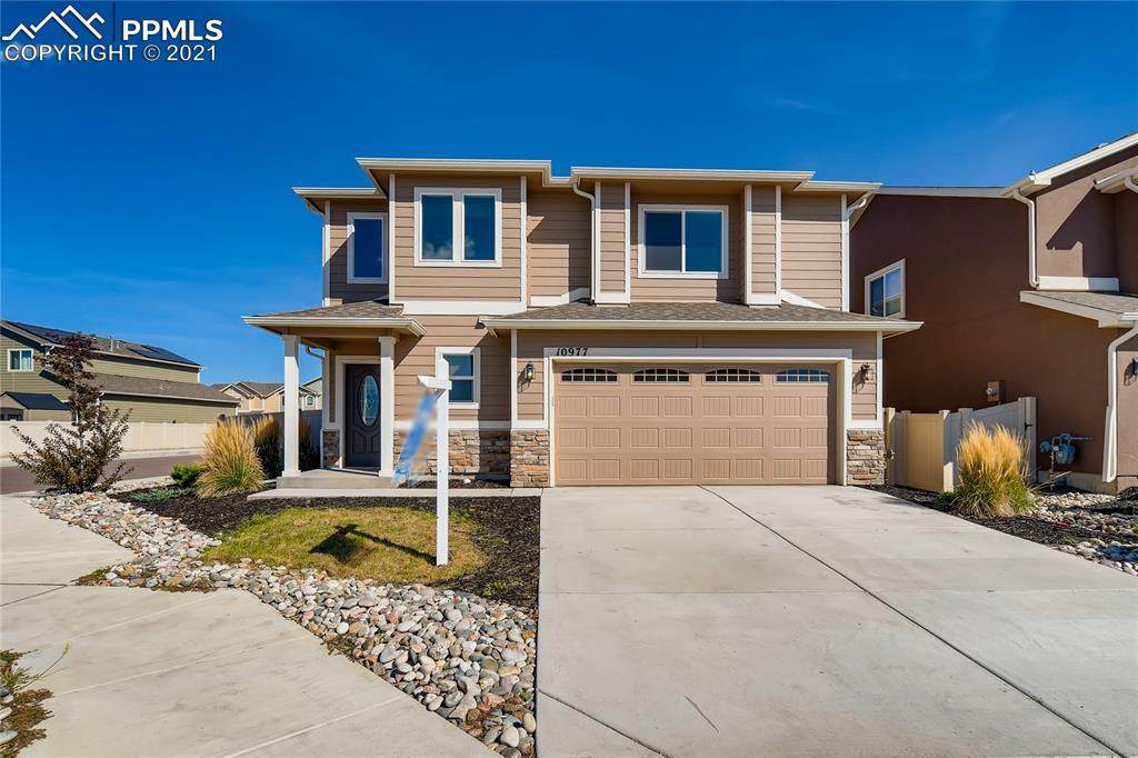 10977 Traders Parkway - Photo 1