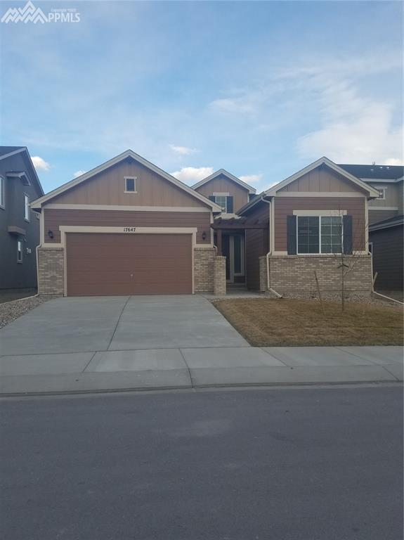 17647 Leisure Lake Drive, Monument, CO 80132 (#8494261) :: The Dunfee Group - Keller Williams Partners Realty