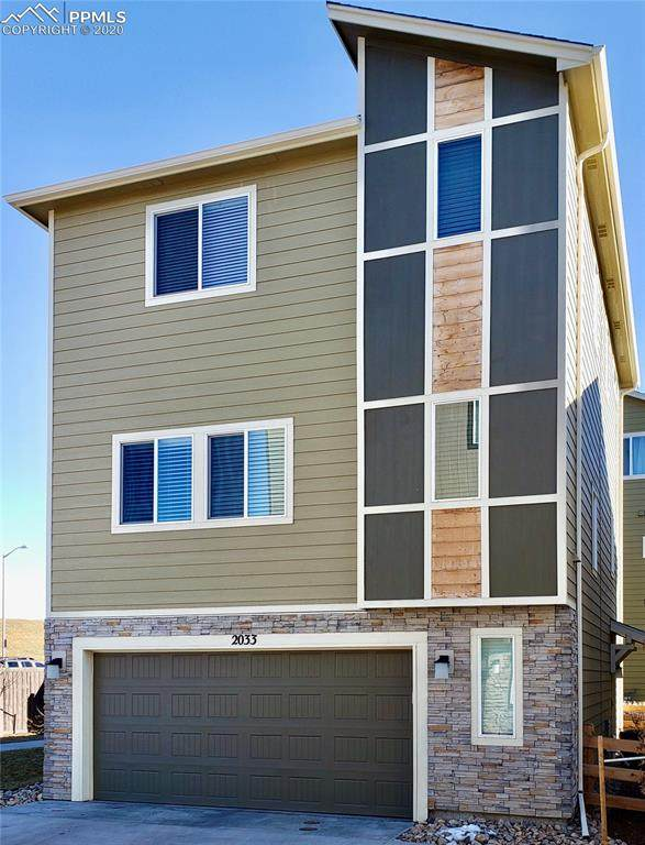 2033 Rozzer View, Colorado Springs, CO 80910 (#8522212) :: The Daniels Team