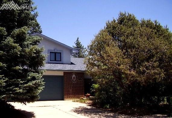 2923 La Estrella Circle, Colorado Springs, CO 80917 (#9663779) :: 8z Real Estate