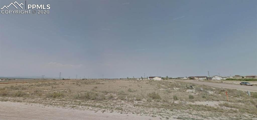 1541 Laramie Lane - Photo 1