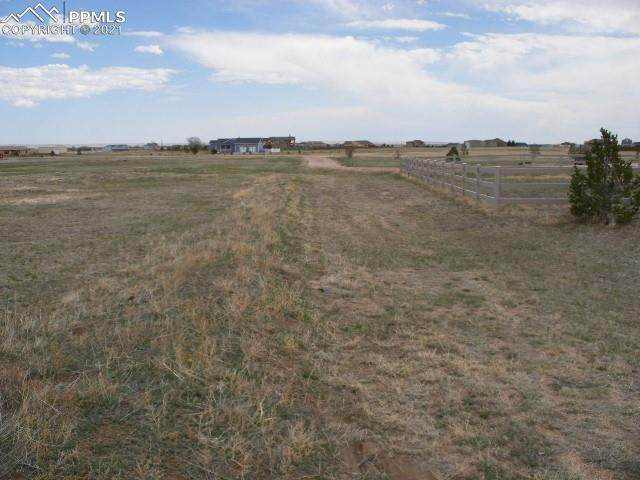 16670 Prairie Vista Lane, Peyton, CO 80831 (#6429723) :: The Daniels Team
