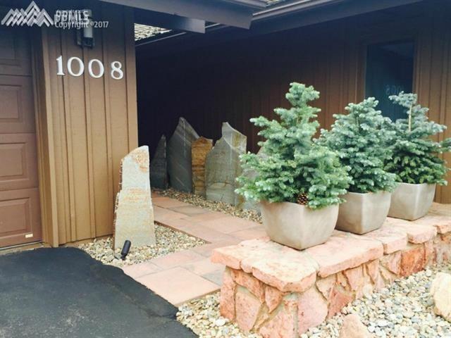 1008 Hill Circle, Colorado Springs, CO 80904 (#8765272) :: 8z Real Estate