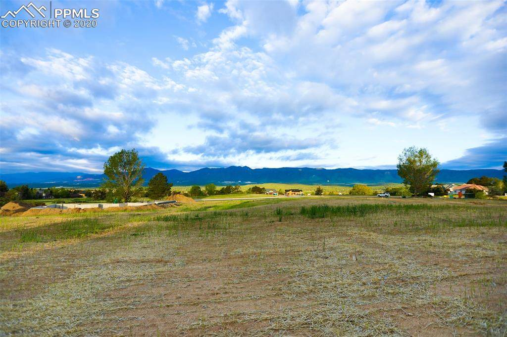 375 Mission Hill Way - Photo 1