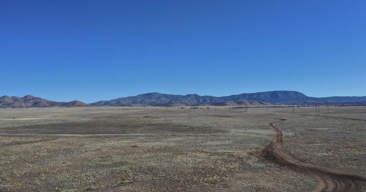 7800 Wildhorse Way - Photo 1