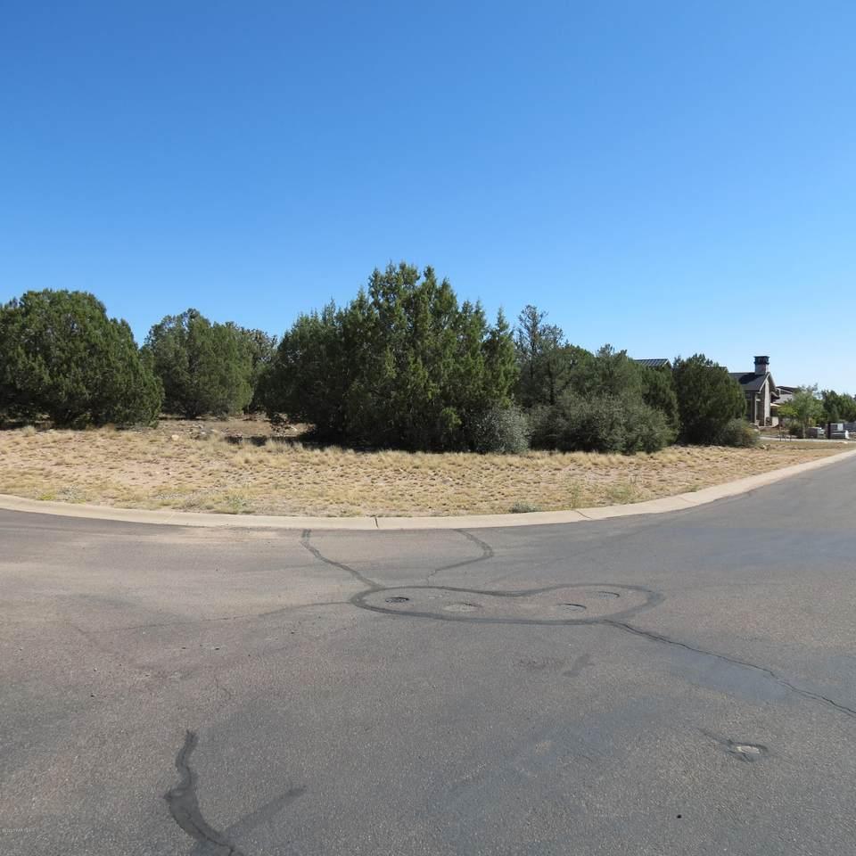 5615 Goliath Drive - Photo 1
