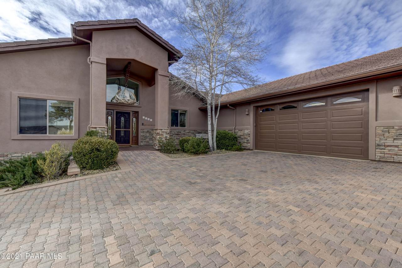 5545 Deer Spring Place - Photo 1