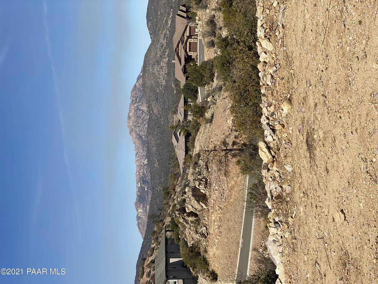 1440 Crowning Point - Photo 1