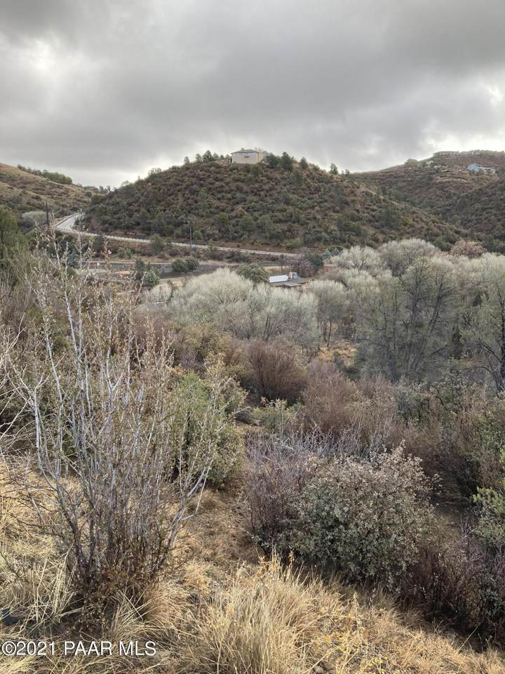 5115 Creekview Lane - Photo 1