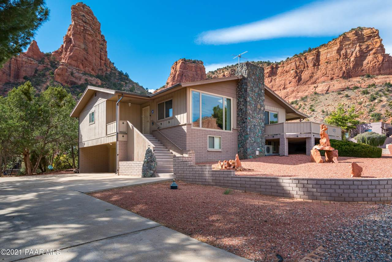 205 Red Butte Drive - Photo 1