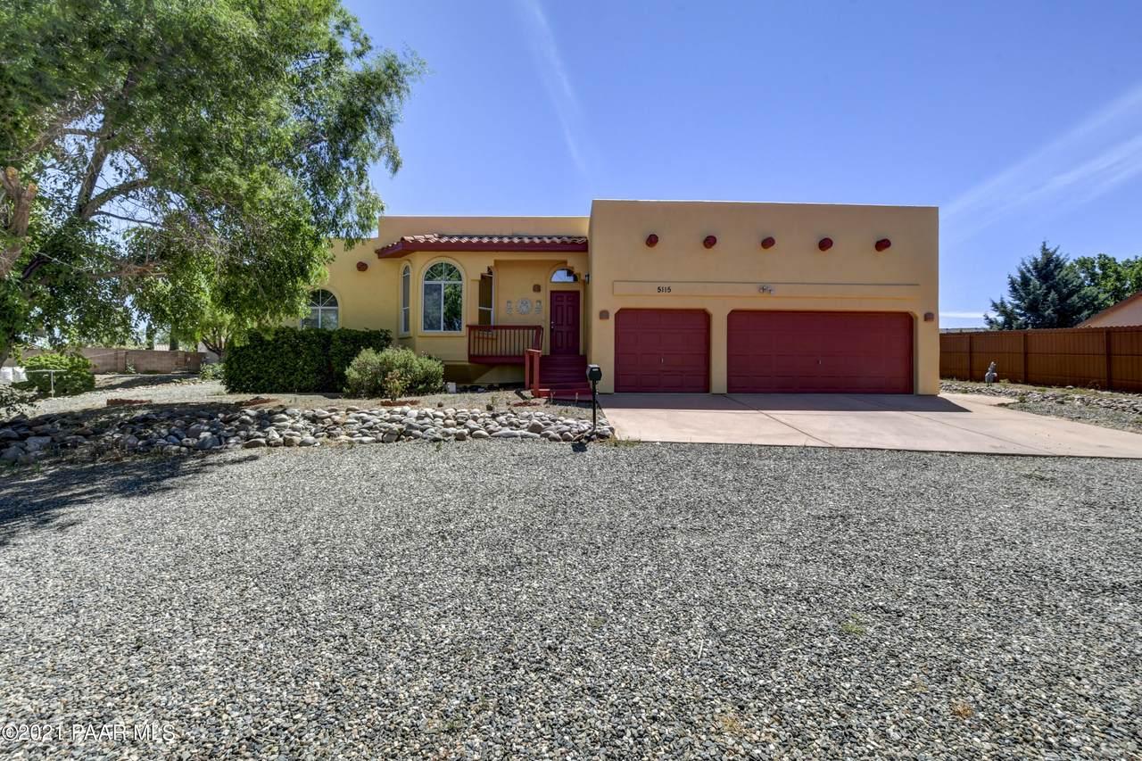5115 Desert Lane - Photo 1