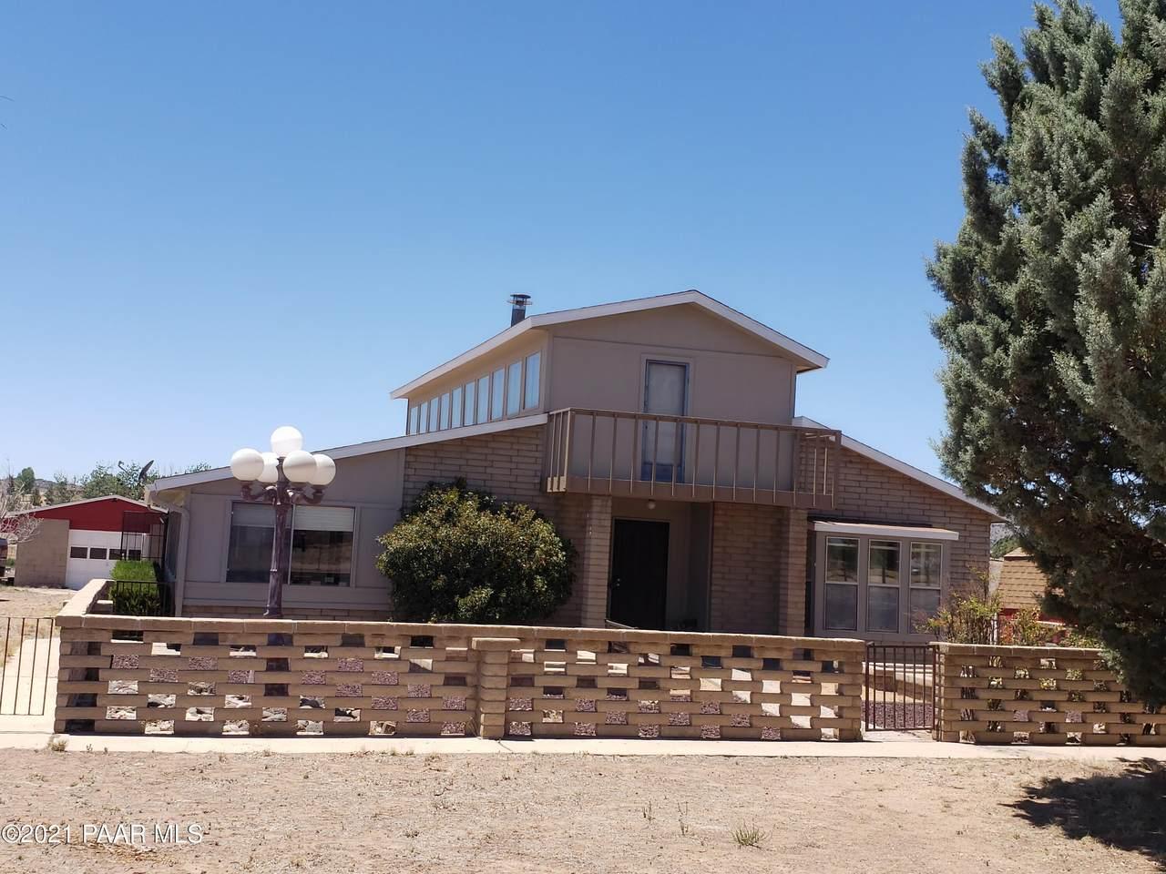 1700 El Paso Lane - Photo 1