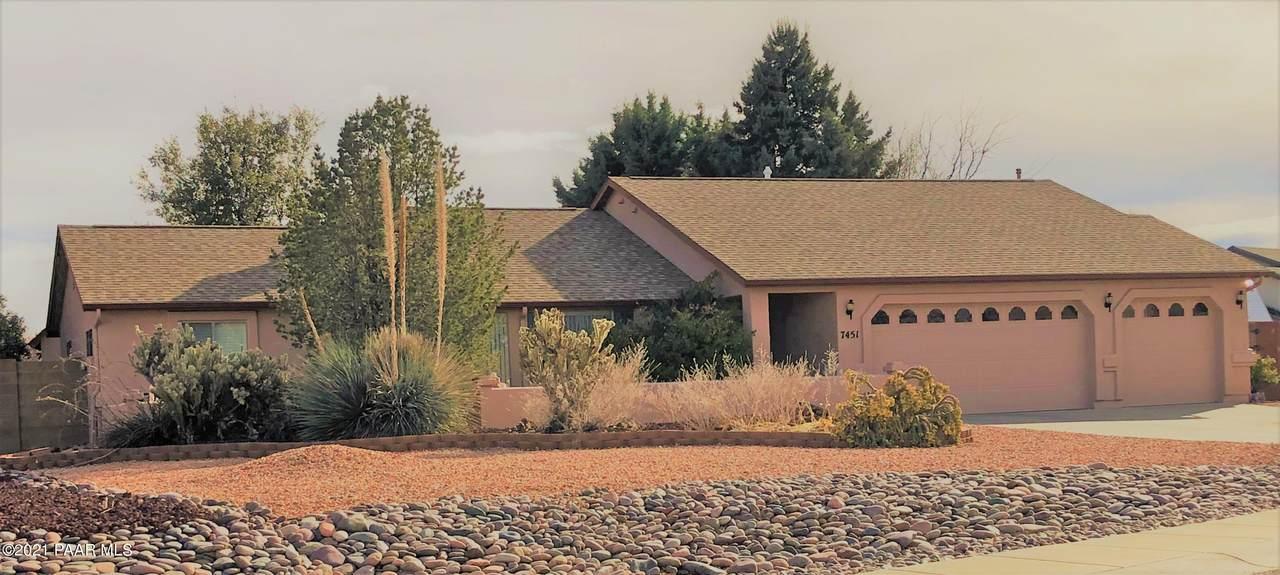 7451 Granite View - Photo 1