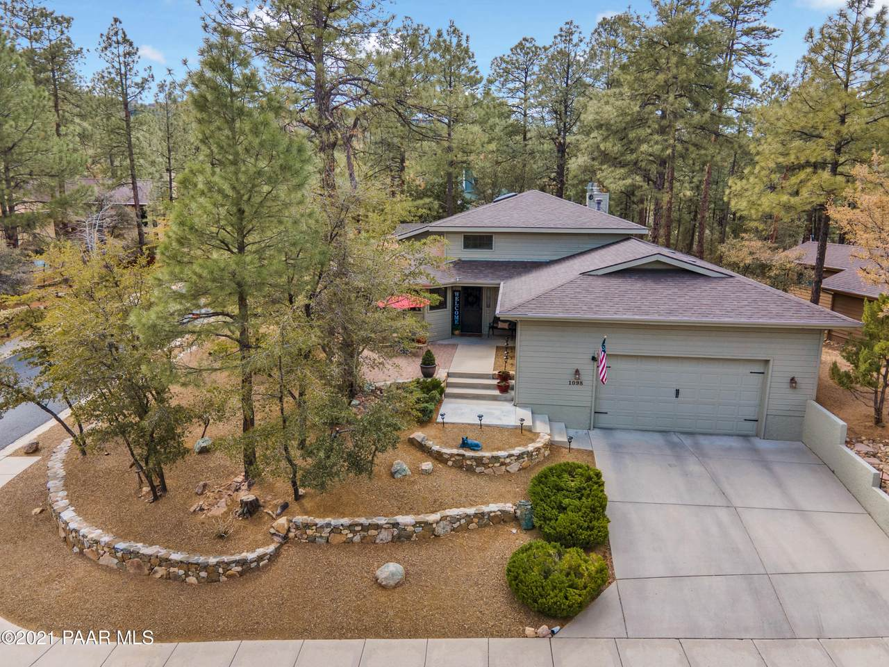 1098 Pine Country Court - Photo 1