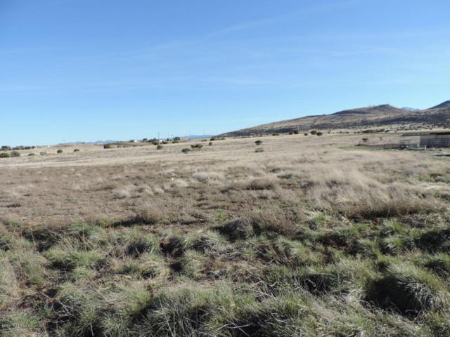 4055 W Covey Ridge Lane, Prescott, AZ 86305 (#1001669) :: The Kingsbury Group