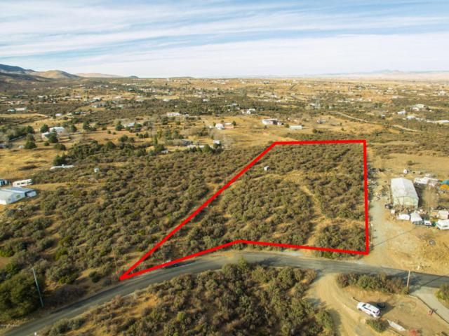 9850 E Shirley Lane, Dewey-Humboldt, AZ 86327 (#1008732) :: The Kingsbury Group