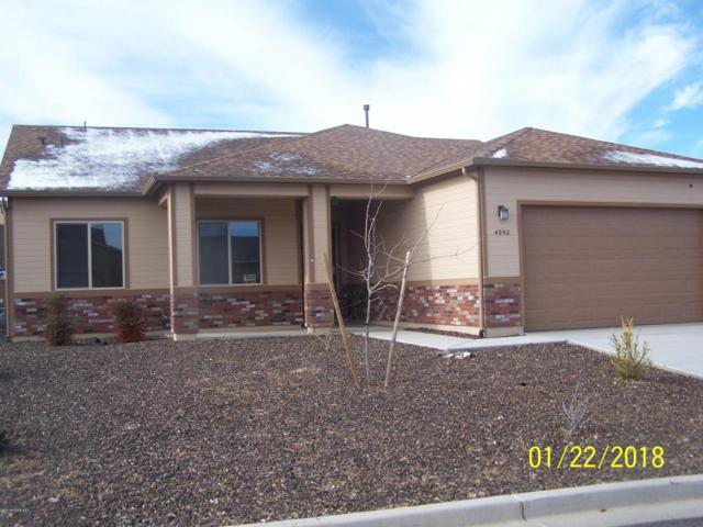 4252 N Pembroke Street, Prescott Valley, AZ 86314 (#1009206) :: The Kingsbury Group