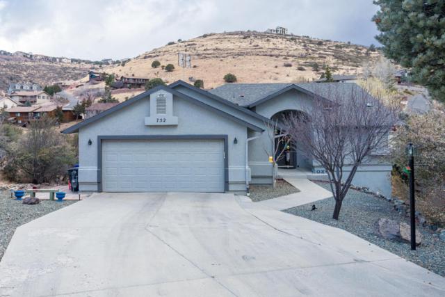 752 Meadowlark Lane, Prescott, AZ 86301 (#1009675) :: HYLAND-SCHNEIDER GROUP
