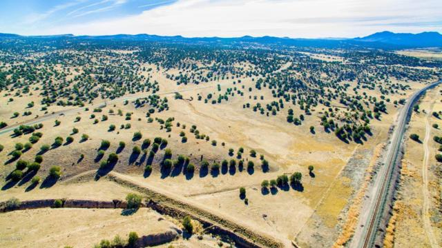 8451 W Dillon Wash Road, Prescott, AZ 86305 (#1009738) :: The Kingsbury Group