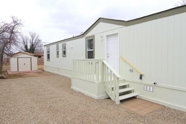 8060 E Frank Lane, Prescott Valley, AZ 86314 (#1010254) :: HYLAND/SCHNEIDER TEAM