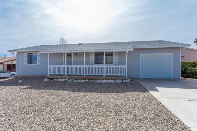 4005 N Dale Drive, Prescott Valley, AZ 86314 (#1010354) :: HYLAND/SCHNEIDER TEAM