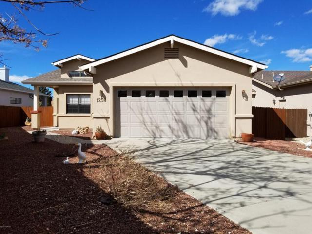 1253 Gardenia Lane, Prescott, AZ 86305 (#1010428) :: The Kingsbury Group