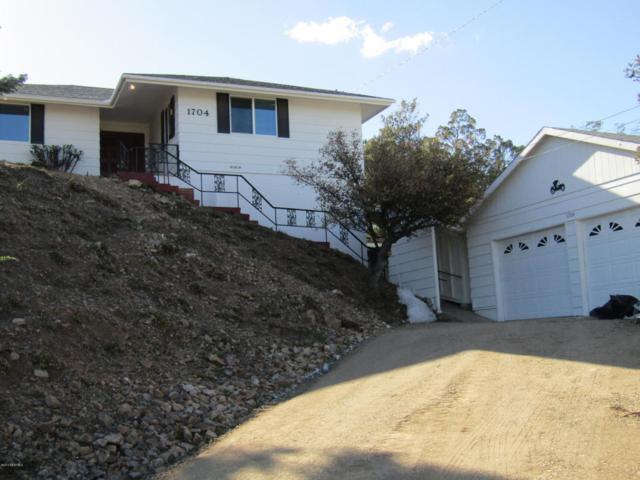 1704 Oaklawn Drive, Prescott, AZ 86305 (#1011016) :: The Kingsbury Group