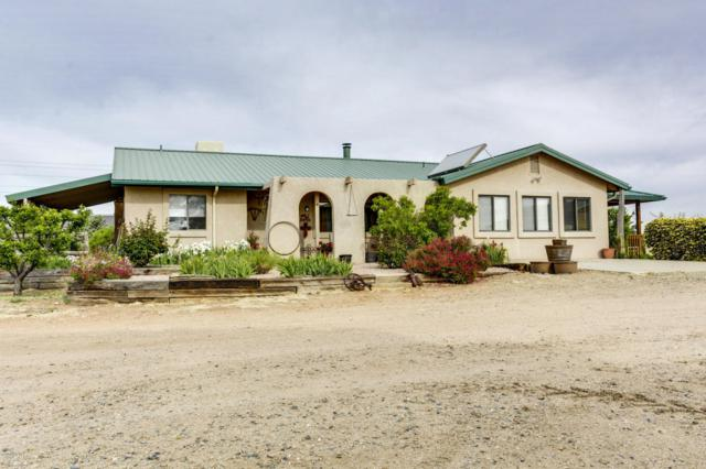 3935 W Rd 2 South, Chino Valley, AZ 86323 (#1011876) :: The Kingsbury Group