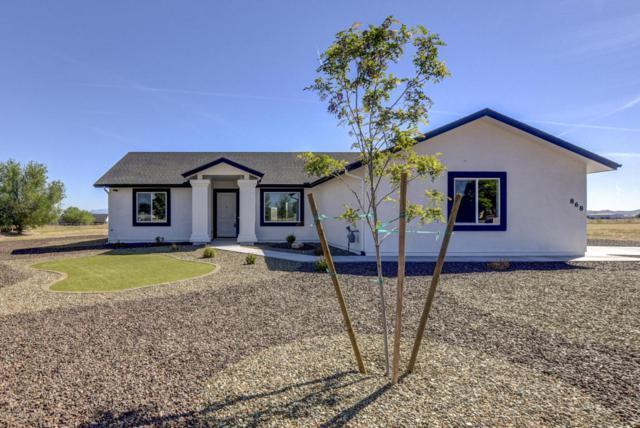 868 Talia Place, Chino Valley, AZ 86323 (#1011952) :: HYLAND/SCHNEIDER TEAM