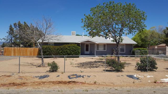 3525 N Mountain View Drive, Prescott Valley, AZ 86314 (#1012547) :: HYLAND/SCHNEIDER TEAM