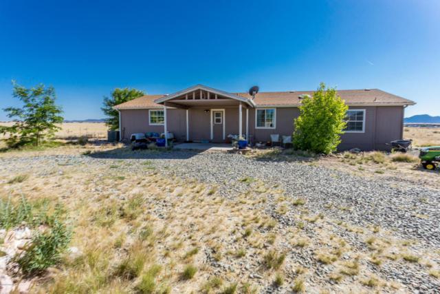 10100 N Orion Way, Prescott Valley, AZ 86315 (#1012639) :: HYLAND/SCHNEIDER TEAM