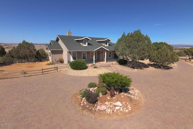 8001 W Desperado Lane, Prescott, AZ 86305 (#1012886) :: HYLAND/SCHNEIDER TEAM