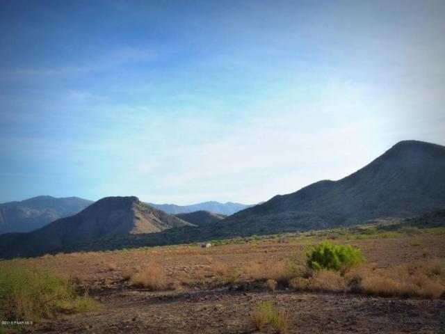 17700 S Bradshaw Mt Ranch Road, Mayer, AZ 86333 (#1012919) :: The Kingsbury Group