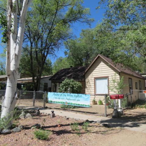 120 S Virginia Street, Prescott, AZ 86303 (#1012979) :: HYLAND/SCHNEIDER TEAM