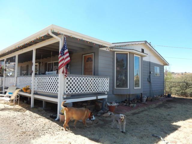 9395 E Smoki Trail, Dewey-Humboldt, AZ 86327 (#1013375) :: The Kingsbury Group