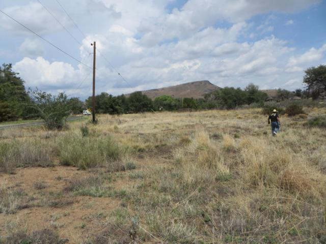 17563 W Foothill Road, Yarnell, AZ 85362 (#1013926) :: HYLAND/SCHNEIDER TEAM