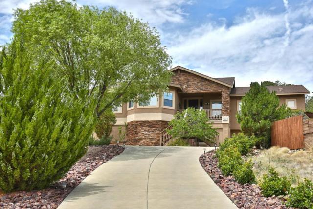 658 N Creekside Drive, Prescott, AZ 86303 (#1014002) :: HYLAND/SCHNEIDER TEAM