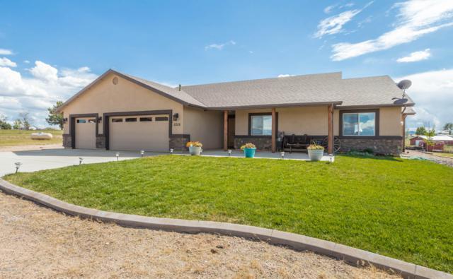 2325 W Canta Libre Road, Chino Valley, AZ 86323 (#1015260) :: The Kingsbury Group