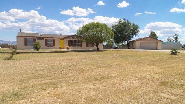 1165 S Johnson Lane, Chino Valley, AZ 86323 (#1015317) :: HYLAND/SCHNEIDER TEAM