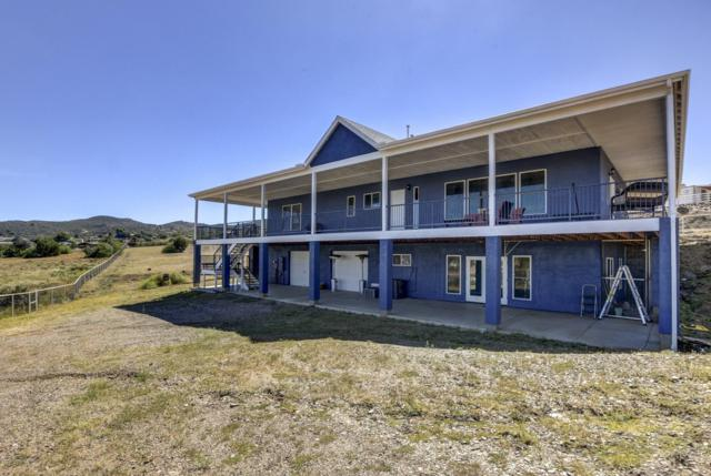 2899 S Sleepy Acre Lane, Dewey-Humboldt, AZ 86327 (#1015385) :: HYLAND/SCHNEIDER TEAM