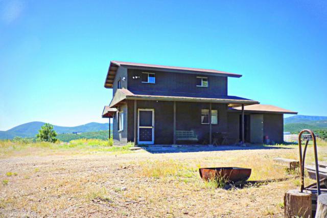 9101 E Iron King Road, Dewey-Humboldt, AZ 86327 (#1015456) :: The Kingsbury Group
