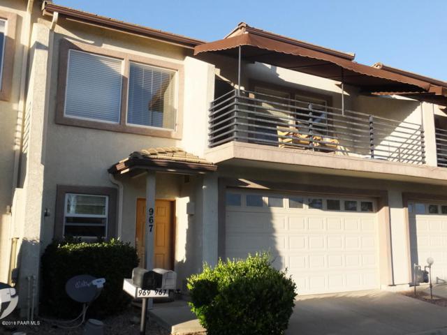 967 N Fairway Drive, Dewey-Humboldt, AZ 86327 (#1015472) :: HYLAND/SCHNEIDER TEAM