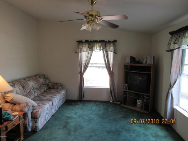709 W Valley View Boulevard, Ash Fork, AZ 86320 (#1015596) :: HYLAND/SCHNEIDER TEAM
