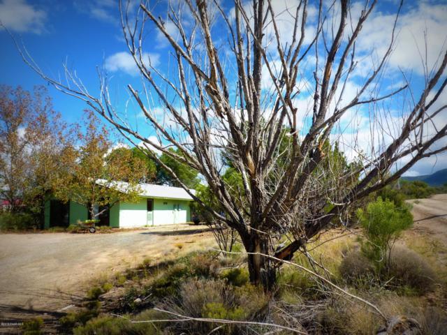 8270 W Claridge Lane, Kirkland, AZ 86332 (#1016082) :: HYLAND/SCHNEIDER TEAM
