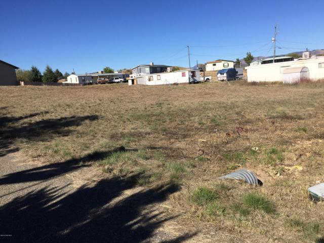 2561 S Plankton Place, Dewey-Humboldt, AZ 86329 (#1016357) :: The Kingsbury Group