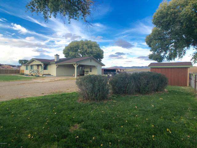 975 S River Drive, Dewey-Humboldt, AZ 86327 (#1016383) :: The Kingsbury Group